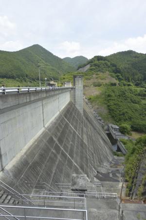 松田川ダム見学会7